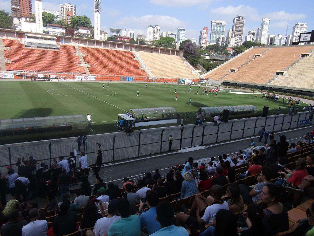 Na final do torneio, a mensagem deixada pela Copa é de união em torno do futebol e da causa dos refugiados (Foto: Géssica Brandino)